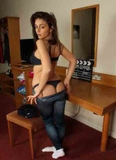 connaught Model Escorts